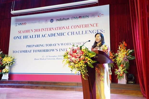 Experts discuss ways to combat infectious diseases hinh anh 1