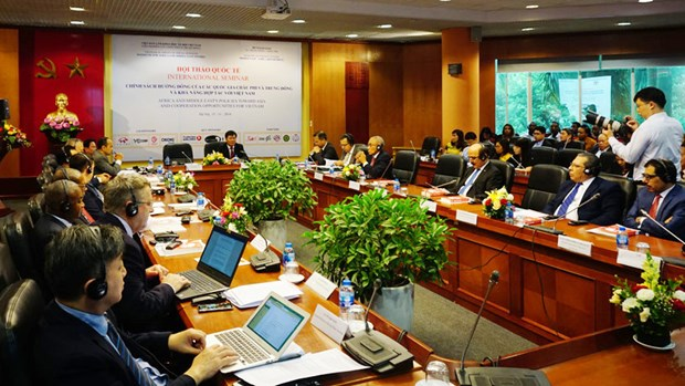 "Opportunities for Vietnam amid accelerating ""Look East"" policies hinh anh 1"