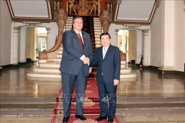 HCM City, Hungary eye stronger ties in trade, investment hinh anh 1