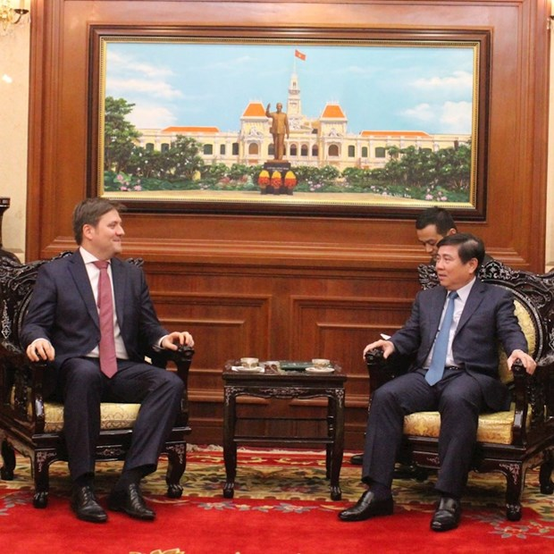 HCM City mayor hosts Polish Ambassador hinh anh 1