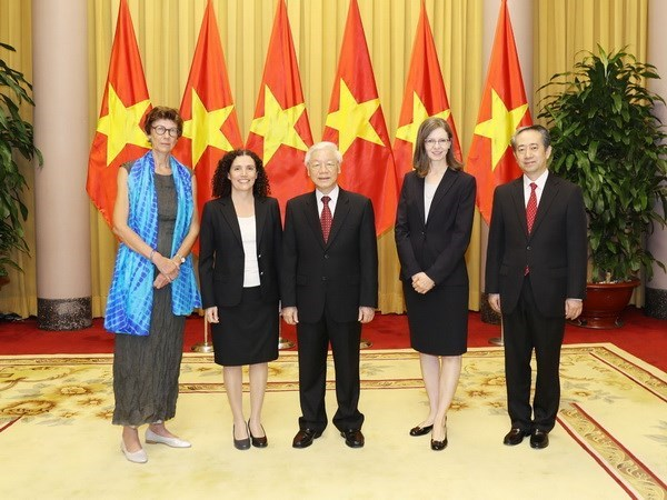 President Trong receives newly-accredited ambassadors hinh anh 1