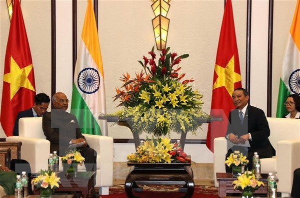 Indian President welcomed in Da Nang hinh anh 1