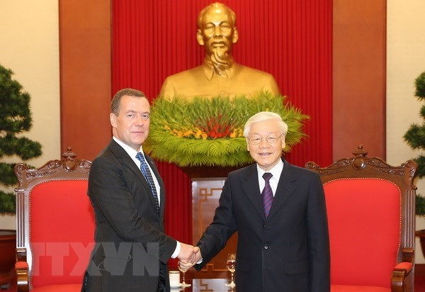 Russia a reliable partner of Vietnam: top leader hinh anh 1
