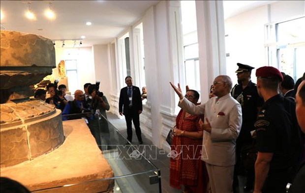 Indian President visits Da Nang Museum of Cham Sculpture, My Son Sanctuary hinh anh 1