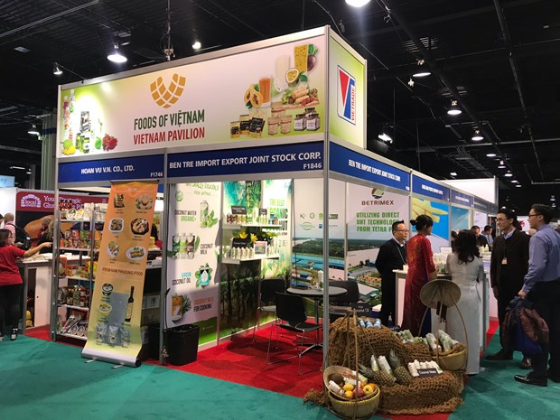 Vietnamese firms win contracts at Private Label Show hinh anh 1