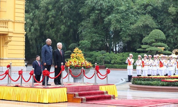 Party leader, President chairs welcome ceremony for Indian President hinh anh 1