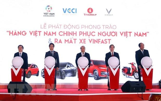 Prime Minister witnesses debut of VinFast automobile models hinh anh 1