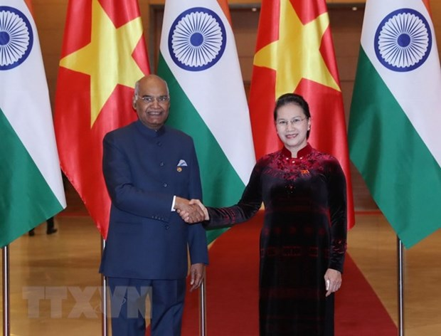 Top legislator meets with Indian President hinh anh 1