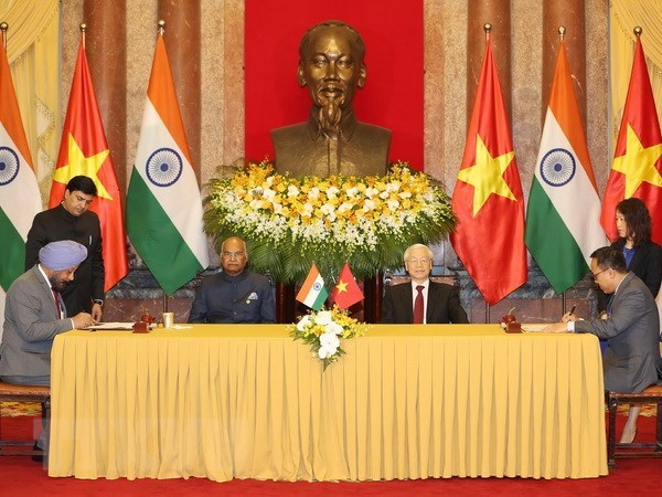 Vietnam, India issue joint statement hinh anh 1