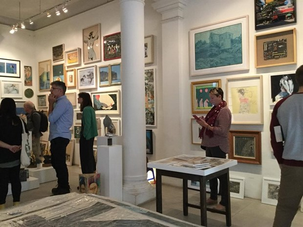 Vibrant contemporary artists join affordable art fair hinh anh 1