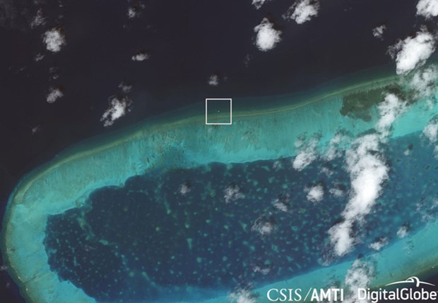 Vietnam resolutely opposes China's activities in Bombay Reef hinh anh 1