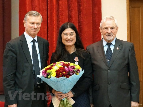 Russia-Vietnam Friendship Association helps boost bilateral ties hinh anh 1