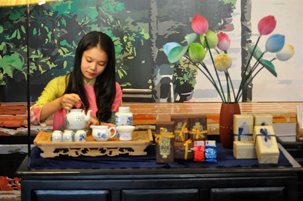World tea sommeliers from 15 countries compete in Hue hinh anh 1