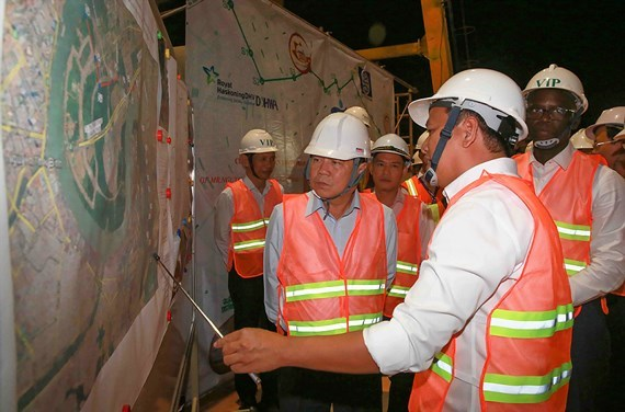 HCM City, WB top officials visit site of Nhieu Loc – Thi Nghe project hinh anh 1