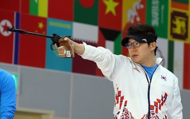 Four-time Olympic shooting champion to visit Vietnam hinh anh 1