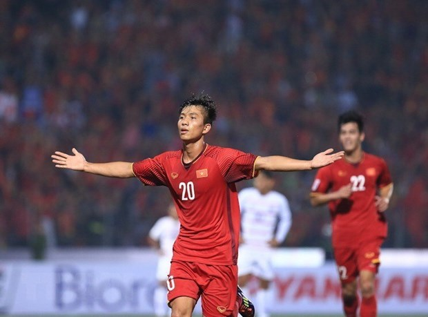 Vietnam defeat Cambodia 3-0, entering semifinal of 2018 AFF Suzuki Cup hinh anh 2