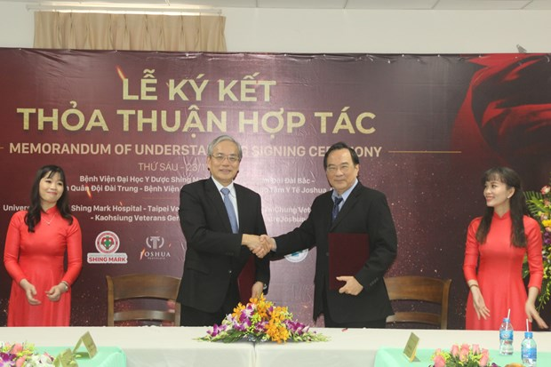 Dong Nai bolsters cooperation with foreign hospitals hinh anh 1