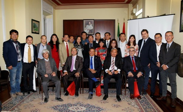 Association outlines tasks to foster Vietnam-Italy economic links hinh anh 1