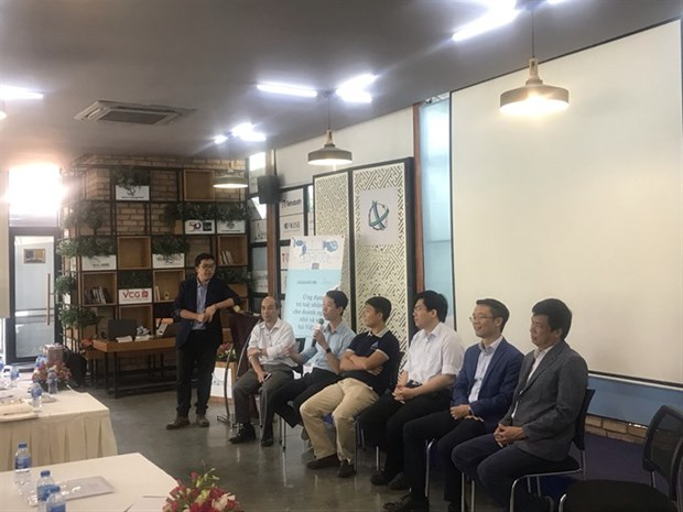 AI can help small businesses expand, improve productivity hinh anh 1