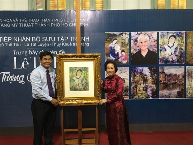 Former Indochina Fine Arts College's first female graduate work displayed hinh anh 1