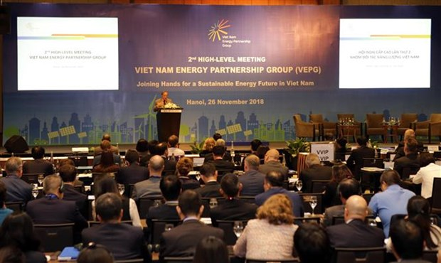Int'l experts propose measures for Vietnam's sustainable energy hinh anh 1