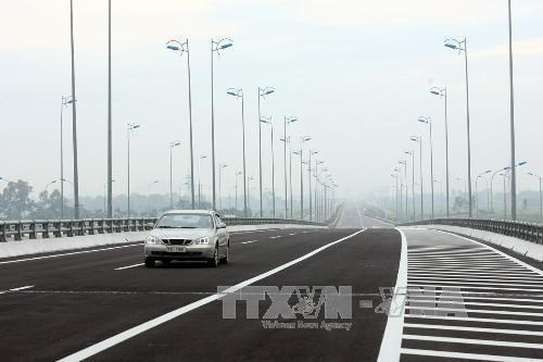 North-South expressway project to select investors hinh anh 1