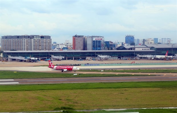 Aviation earnings to get boost from low oil prices hinh anh 1