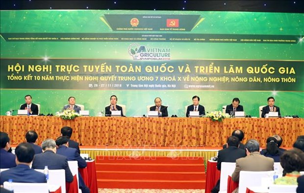 National teleconference spotlights agriculture, farmers, rural areas hinh anh 1