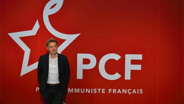 Party leader congratulates new French Communist Party head hinh anh 1