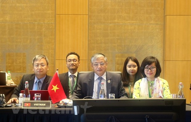 Vietnam attends 25th ASEAN Labour Ministers Meeting hinh anh 1