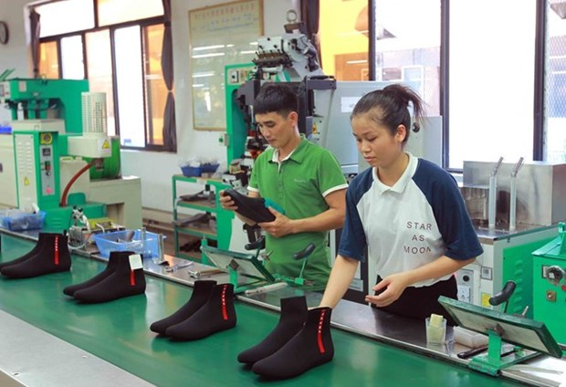 11-month index of industrial production rises 10.1 percent hinh anh 1