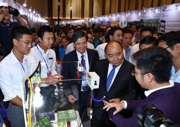 Prime Minister attends Techfest Vietnam 2018 hinh anh 1