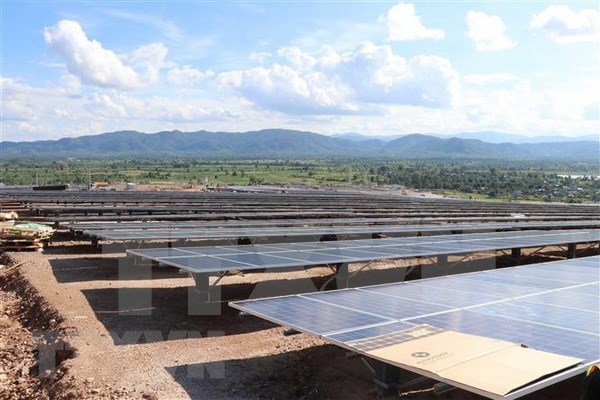 Mega-solar power plant rolls out in Gia Lai hinh anh 1