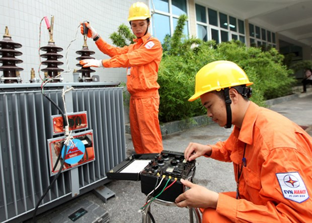 EVN to provide free installation service to poor households hinh anh 1