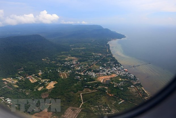 Kien Giang pilots to place artificial reefs around Phu Quoc hinh anh 1