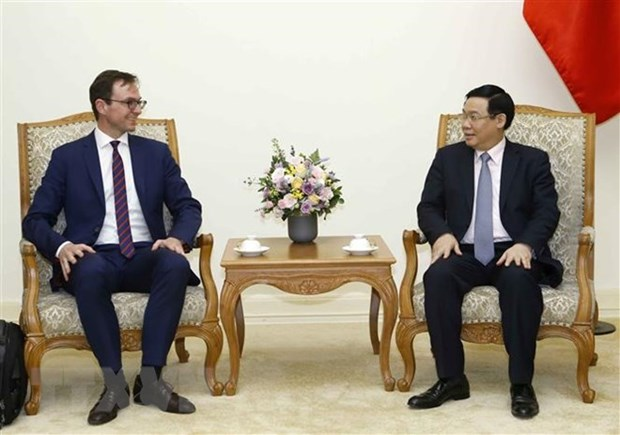 Vietnam treasures cooperation with OECD: Deputy PM hinh anh 1