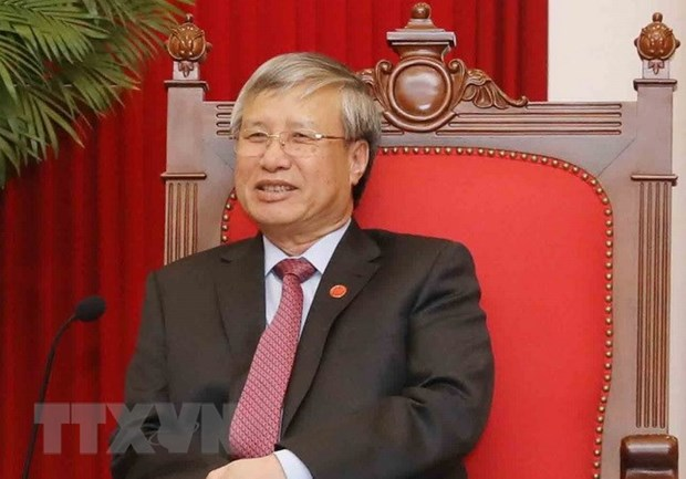 Party official pays working visit to Mozambique hinh anh 1