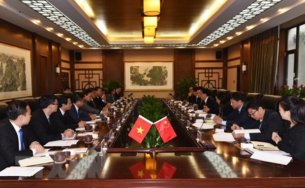 Vietnam, China deepen agricultural cooperation hinh anh 1