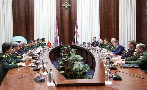 Vietnam, Russia hold fourth defence strategy dialogue hinh anh 1