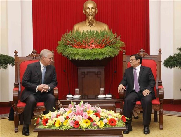 Vietnam treasures relations with UK: Party official hinh anh 1