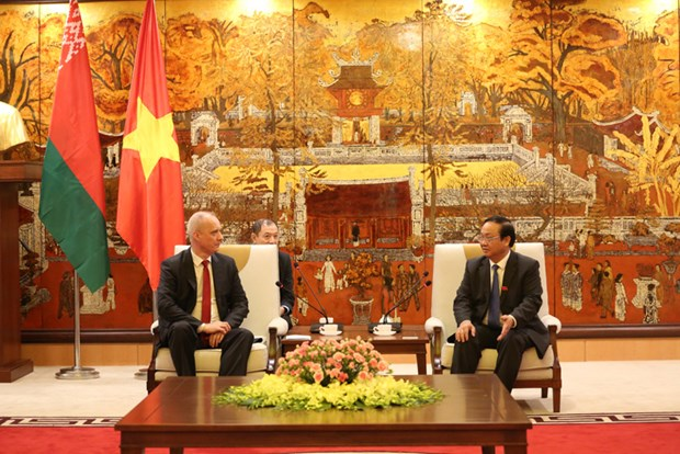 Hanoi, Minsk work to sign cooperation pact for 2019 – 2020 hinh anh 1