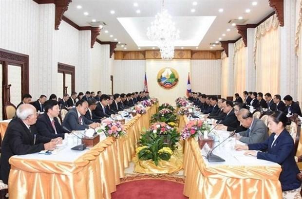 Laos, Cambodia pledge to enhance cooperation hinh anh 1