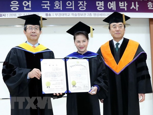 RoK's Honorary Doctorate granted to Vietnamese NA Chairwoman hinh anh 1