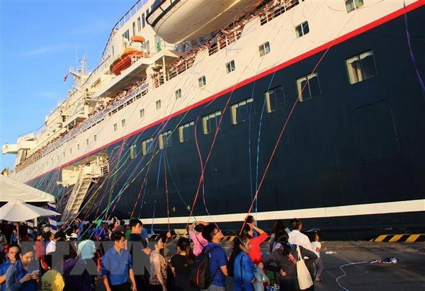 Ship for SEA and Japanese Youth Programme leaves for Japan hinh anh 1