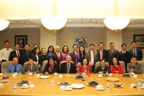 Vietnamese Party delegation pays working visit to Houston hinh anh 1