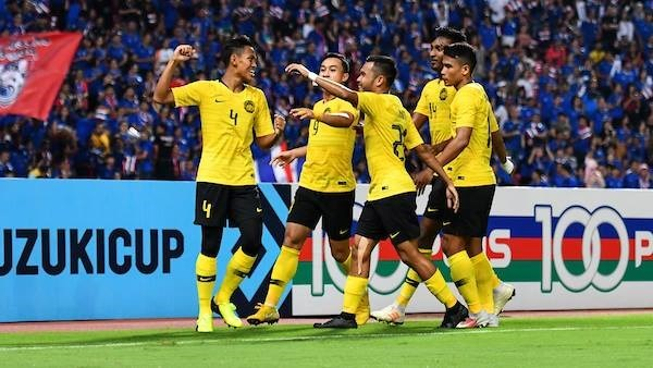 Malaysia enter Suzuki Cup's final after gripping draw with Thailand hinh anh 1