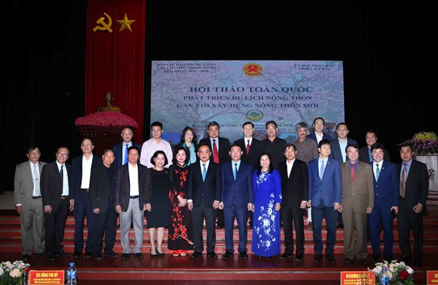 Rural tourism targets community benefits hinh anh 1