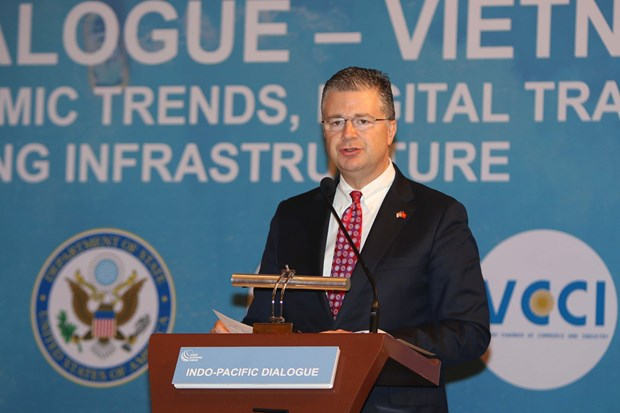 US diplomat praises Vietnam's international integration efforts hinh anh 1