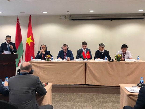 Vietnam, Belarus agree to enhance trade ties hinh anh 1