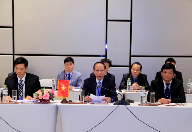 Vietnam steps up anti-drug cooperation with Laos, Cambodia hinh anh 1